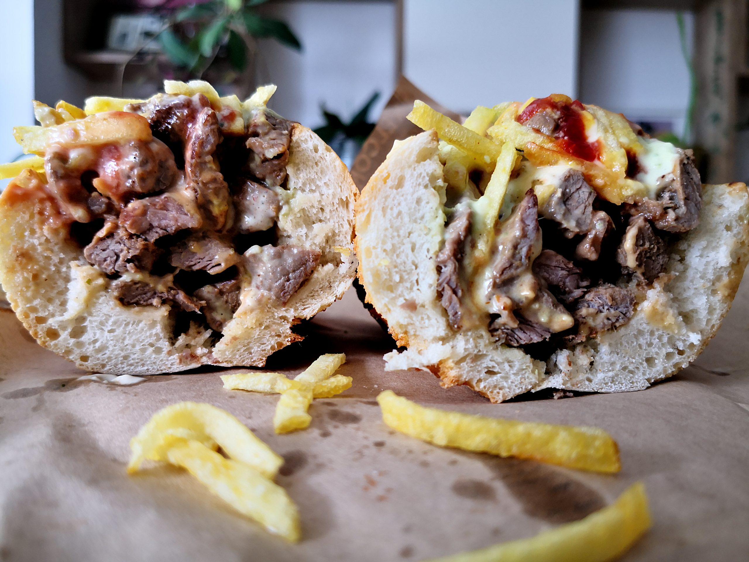 De dragul gogoșilor delicioase din București. Berliner Donuts și niște street food venezuelean la Pepitos