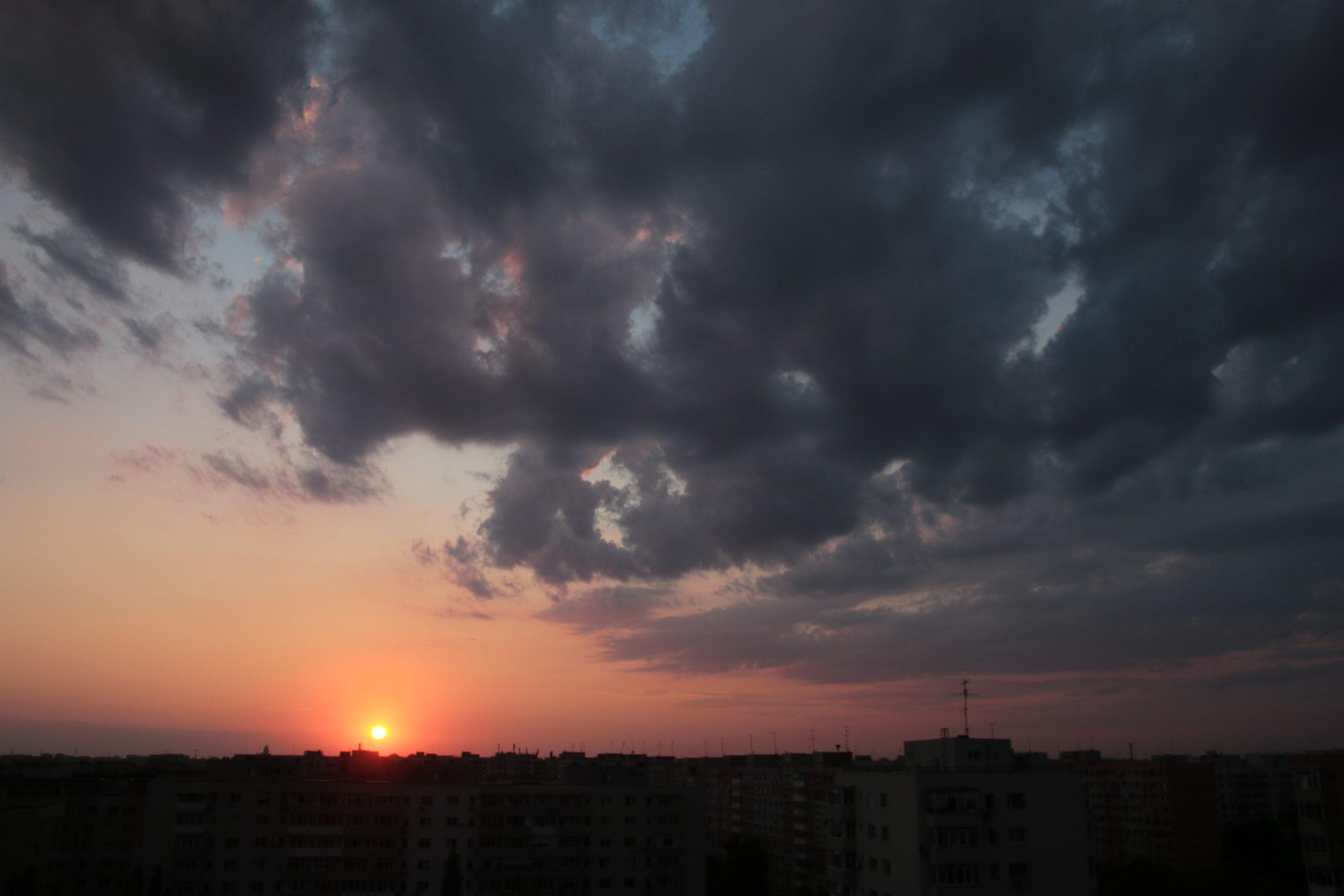 Prognoza meteo pentru București în următoarele zile. Cum va fi vremea în Capitală azi, vineri și în weekend