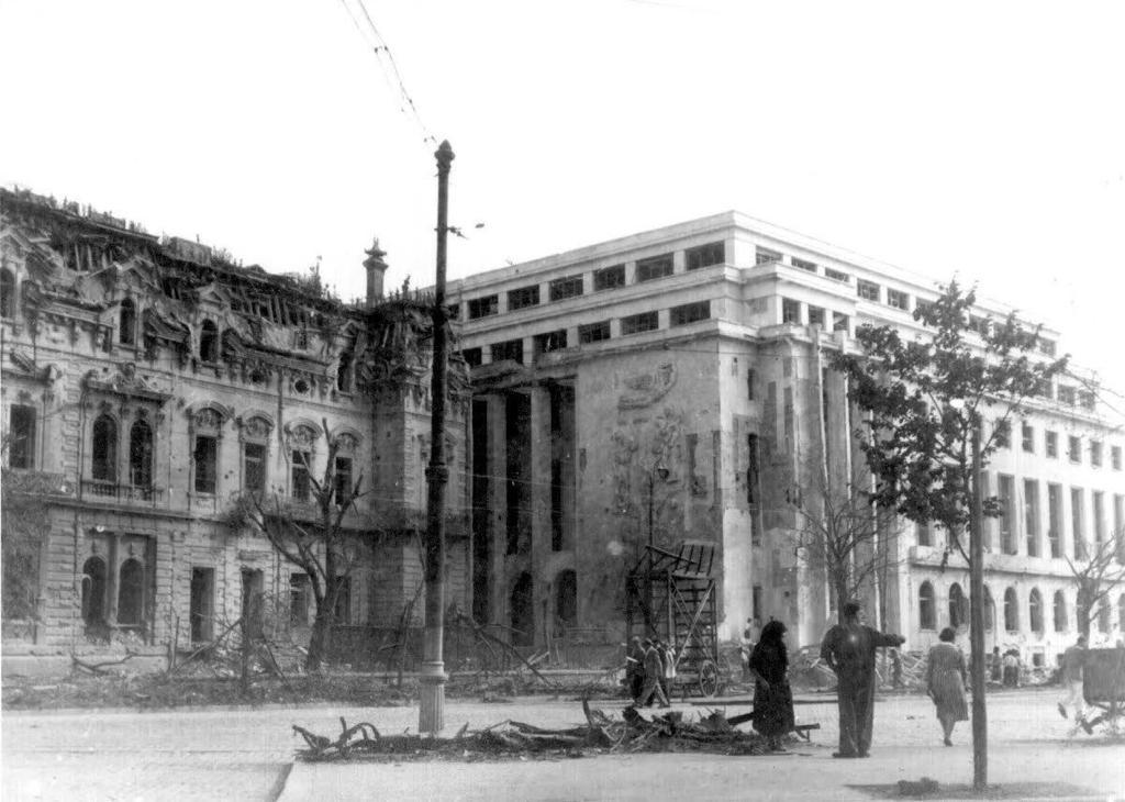 palatul, victoria, 1944, bombardat