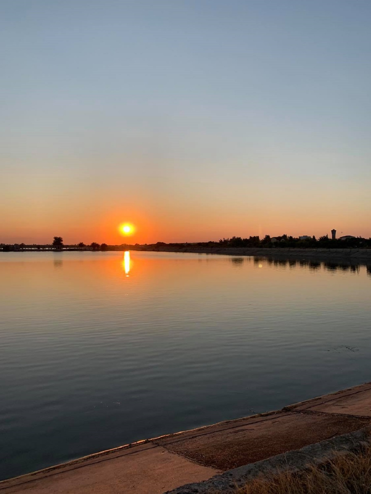 Începe amenajarea digului Lacului Morii. Locul unde bucureștenii văd cel mai frumos apus