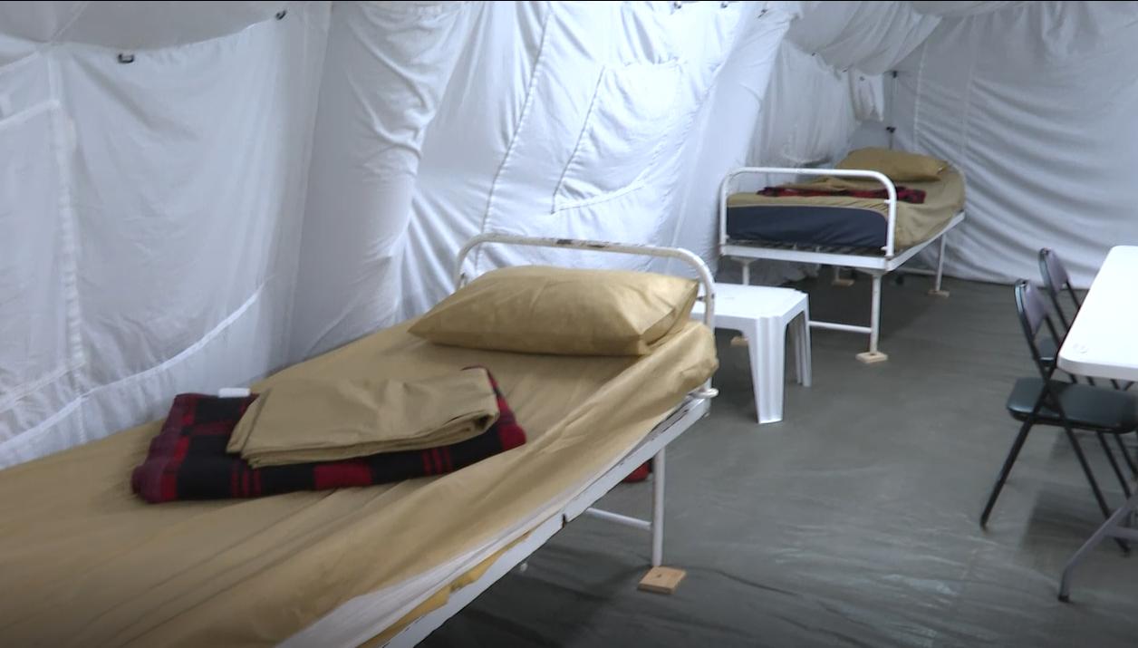 Spitalul militar de campanie de la Institutul Ana Aslan se redeschide din cauza valului 4 al pandemiei de coronavirus