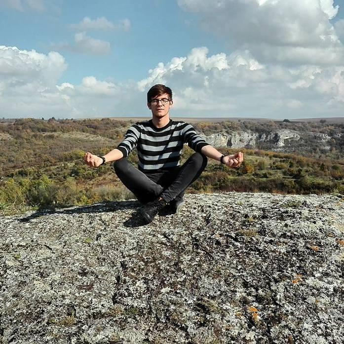 Andrei Stupu: Singurii oameni calmi sunt morți