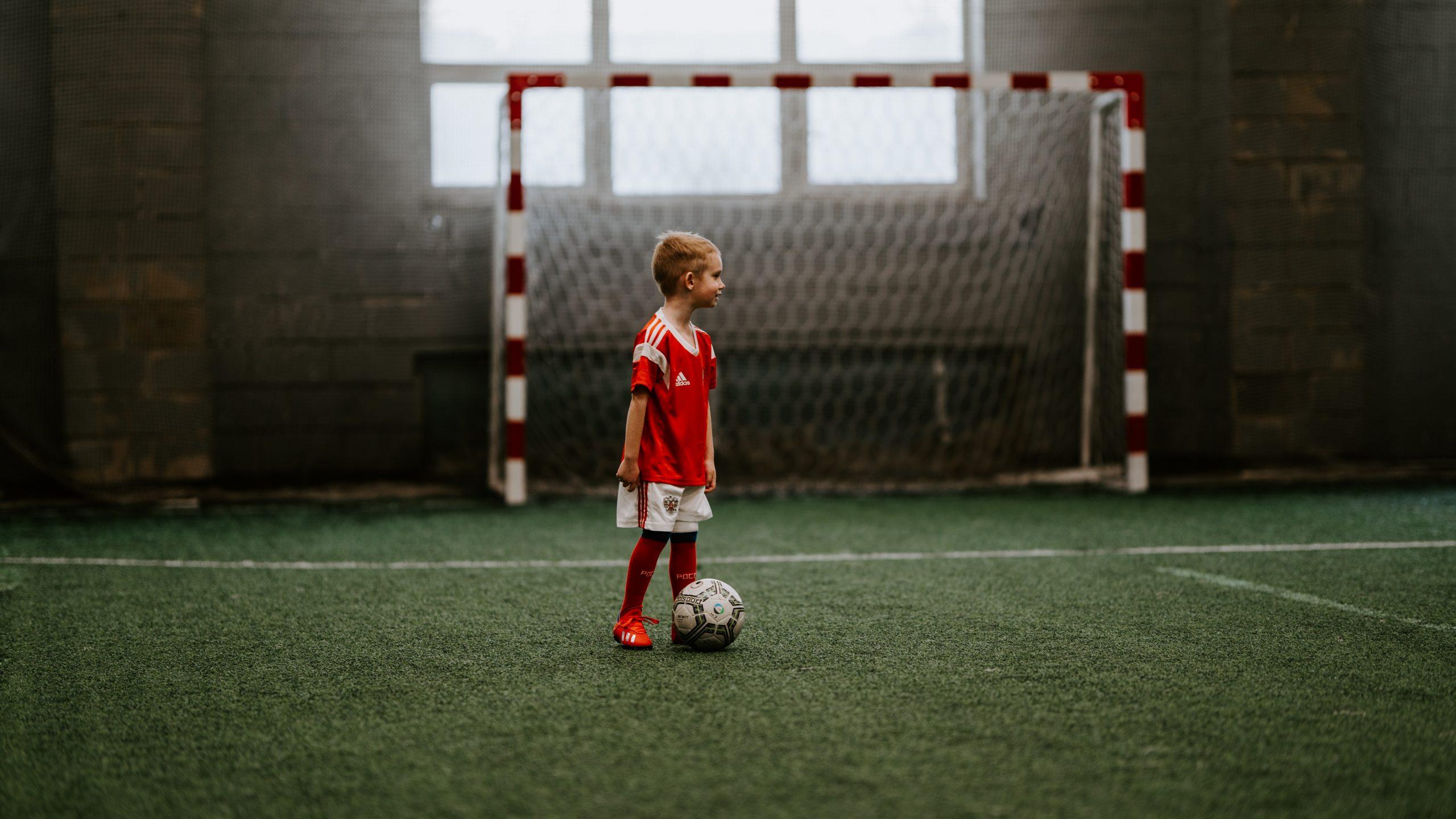 Tot ce trebuie să știți despre Cupa Regelui la Fotbal. Cel mai mare turneu de fotbal pentru copii din România începe vineri în Sectorul 5