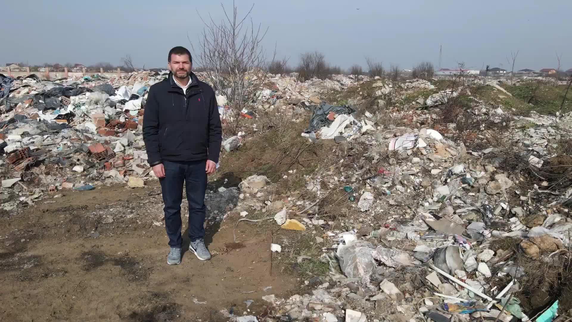 Depozit ilegal de gunoi lângă București, deținut de consilierul unui recent ministru al Mediului. Dezvăluirea îi aparține lui Octavian Berceanu, demis de la Garda de mediu
