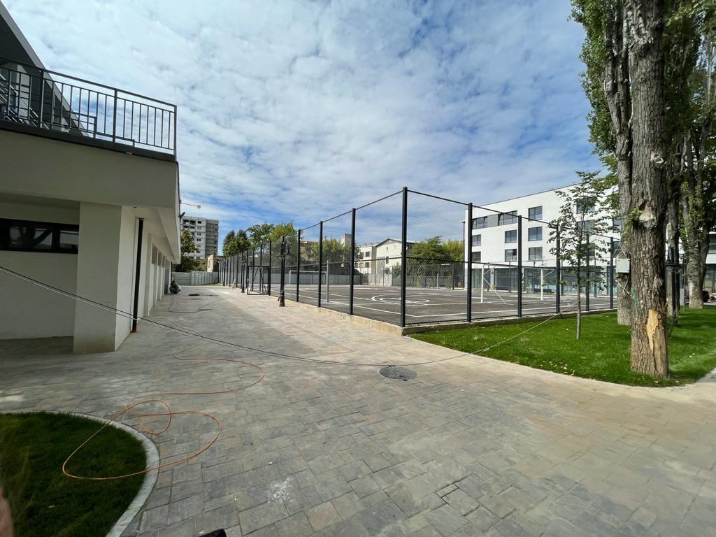 Luni se inaugurează în București unul dintre cele mai moderne campusuri școlare din România. Cum puteți să vizitați acest complex   FOTO