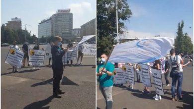 Photo of Elevii au protestat în prima zi de școală, în Piața Victoriei. Tinerii au avut 7 revendicări
