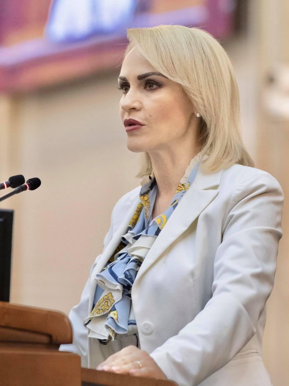 """Gabriela Firea condamnă """"explozia facturilor la energie și gaze"""". """"Se bat doar pentru funcții și privilegii, nu pentru români!"""""""