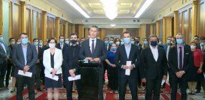 BREAKING   Miniștrii USR PLUS demisionează din Guvern. Mâine dimineață își vor depune mandatele