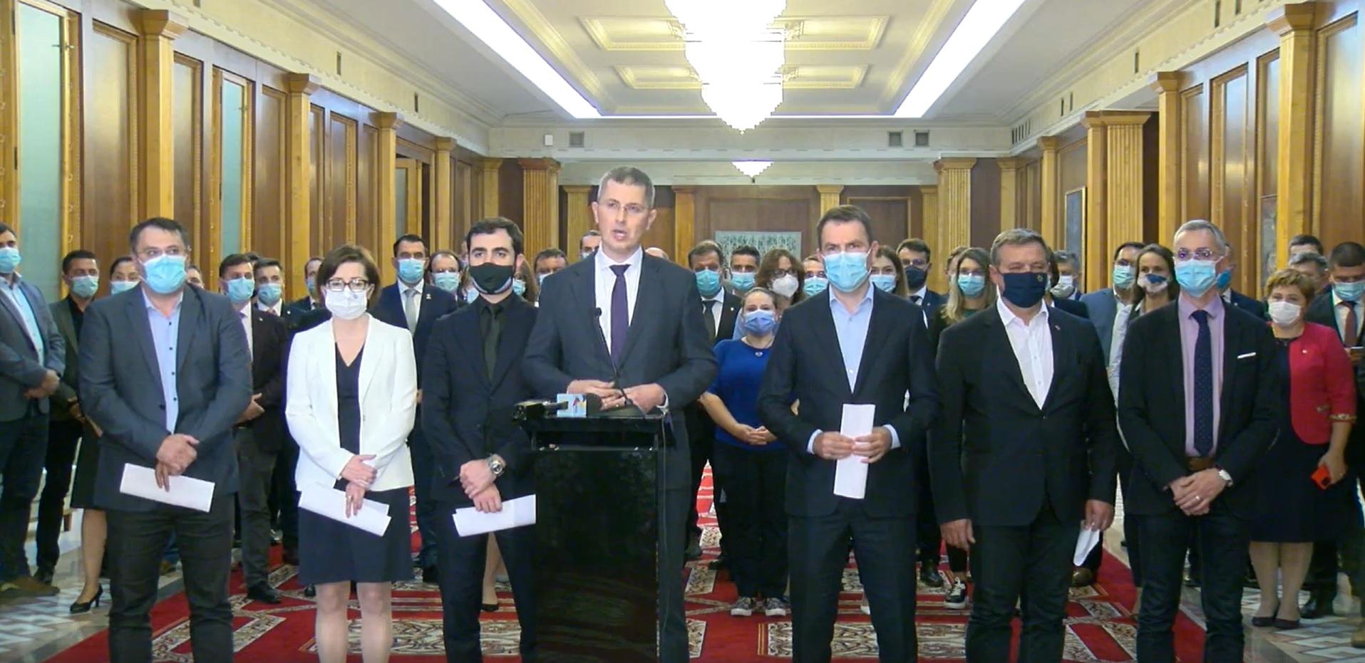 BREAKING | Miniștrii USR PLUS demisionează din Guvern. Mâine dimineață își vor depune mandatele