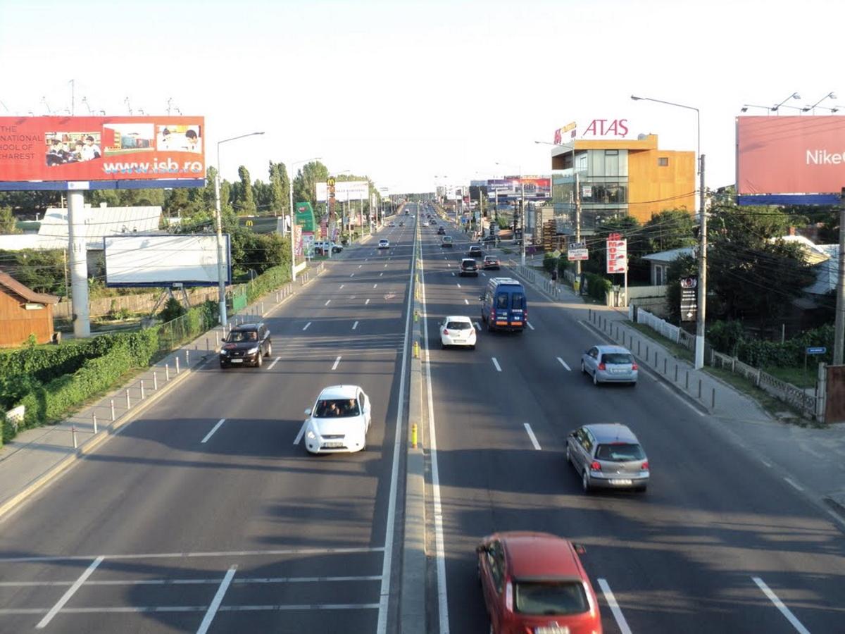 Accident cu patru mașini în Otopeni, pe DN 1. Traficul, deviat prin aeroport după carambol.