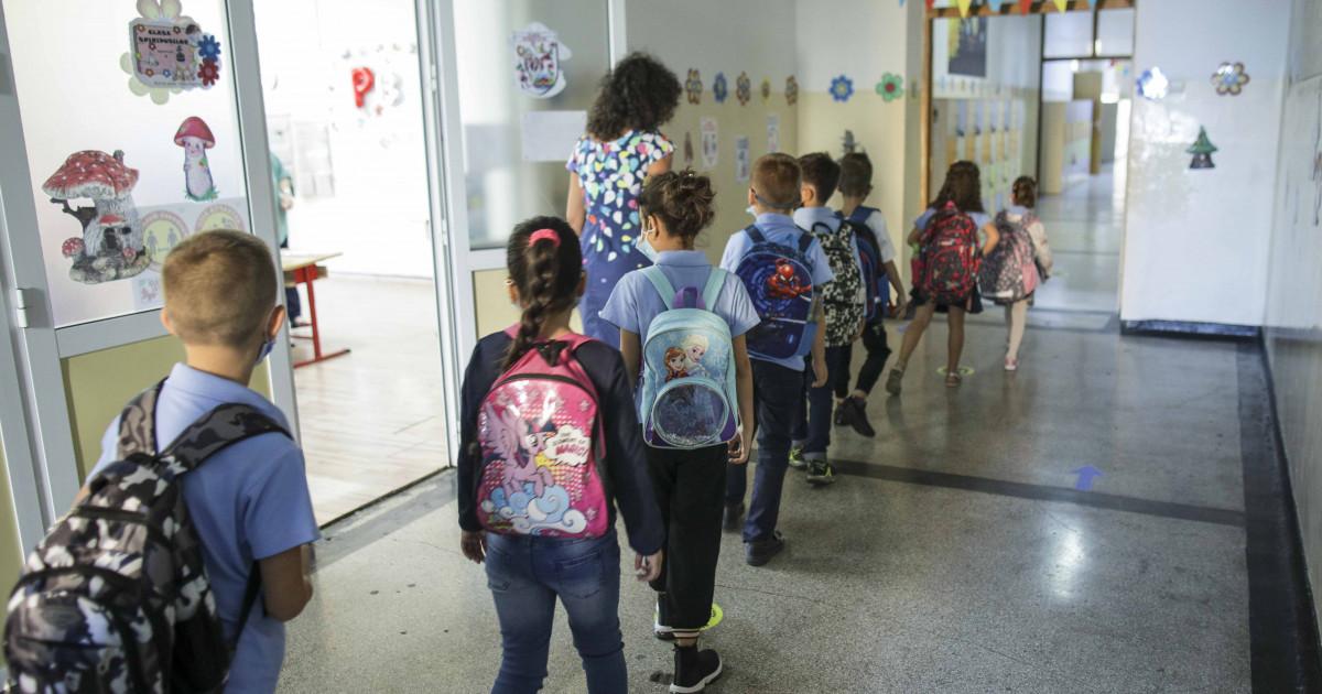 Ce se întampla cu elevii din București dacă incidența a ajuns la 6 la mie. (fix azi)? Cîmpeanu: Școlile ar putea rămâne deschise