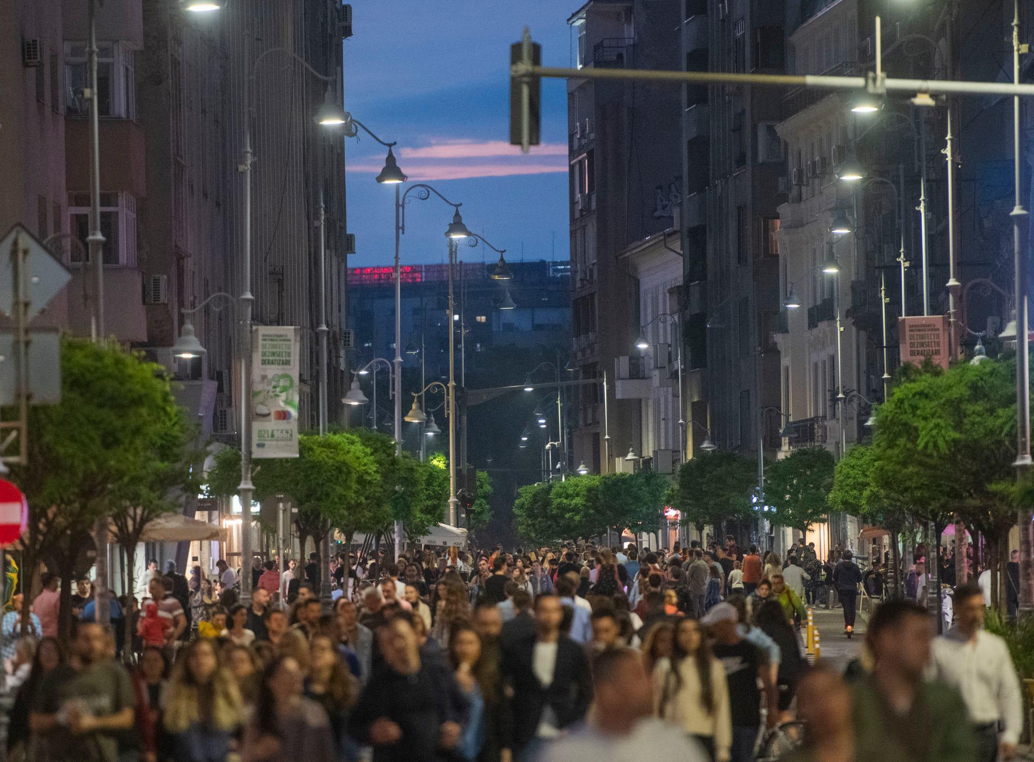 """Se suspendă proiectul """"Străzi deschise"""". Practic, pandemia închide promenada de pe Victoriei, spune Nicușor Dan"""