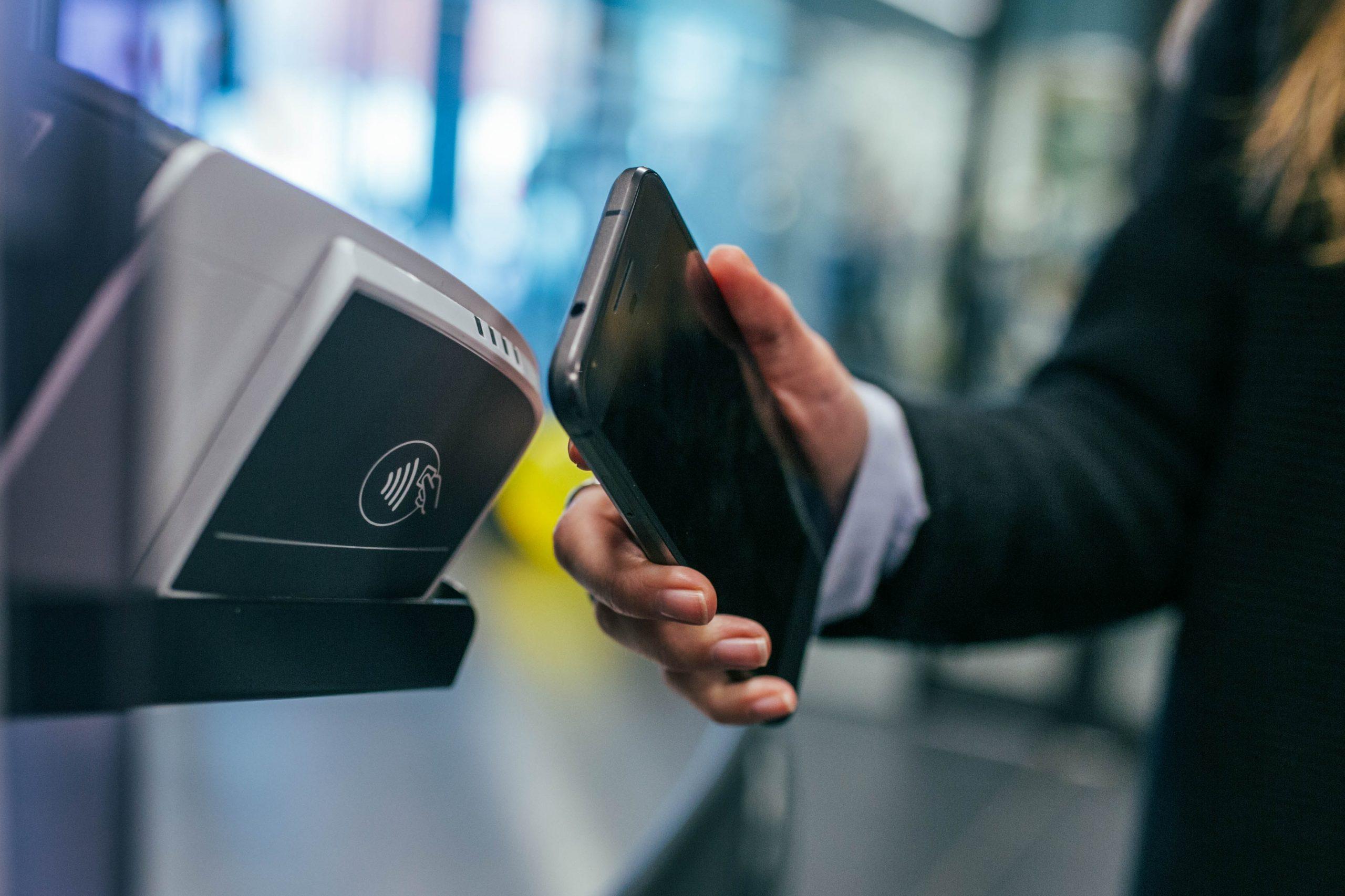 Bucureștenii din Sectorul 2 își pot plăti taxele și impozitele la stațiile de plată SelfPay