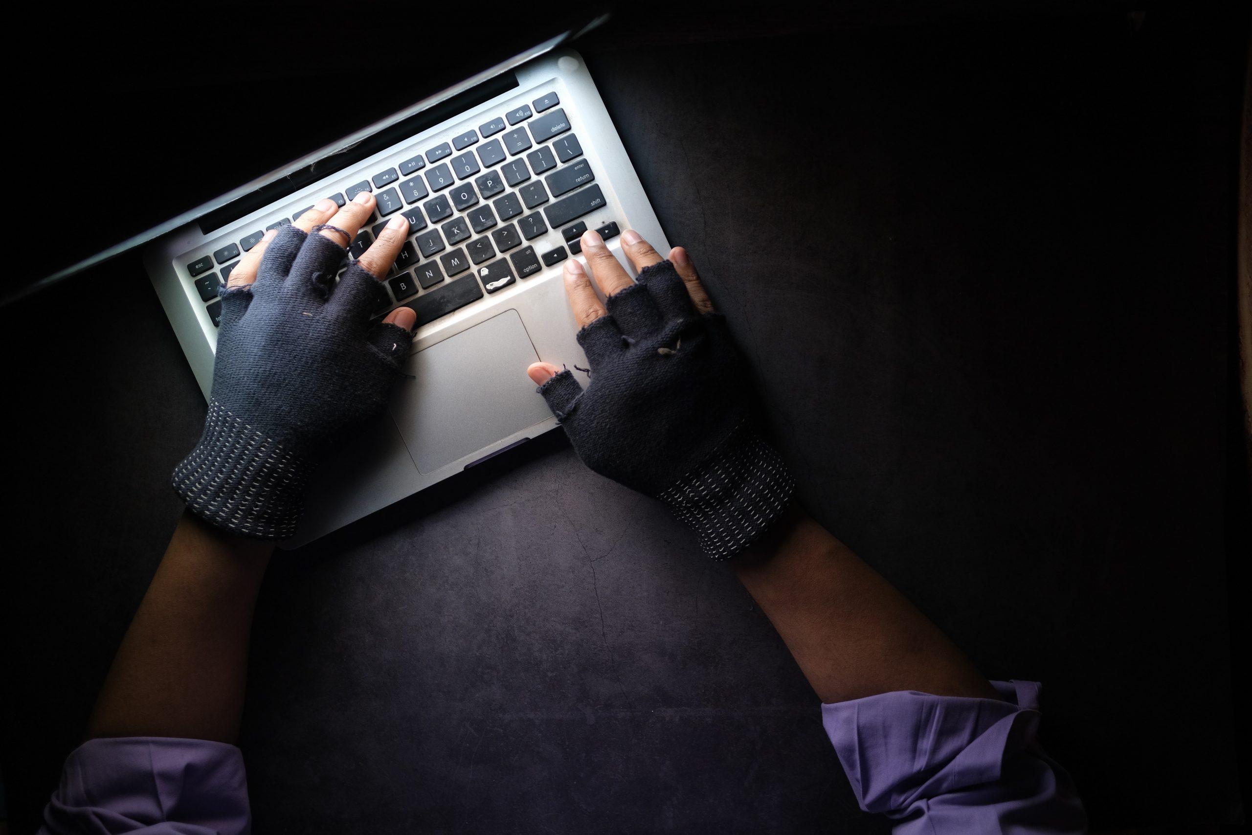 Alertă la Universitatea Politehnica din București. Instituția a fost atacată de hackeri care au sustras CNP-urile unor studenți