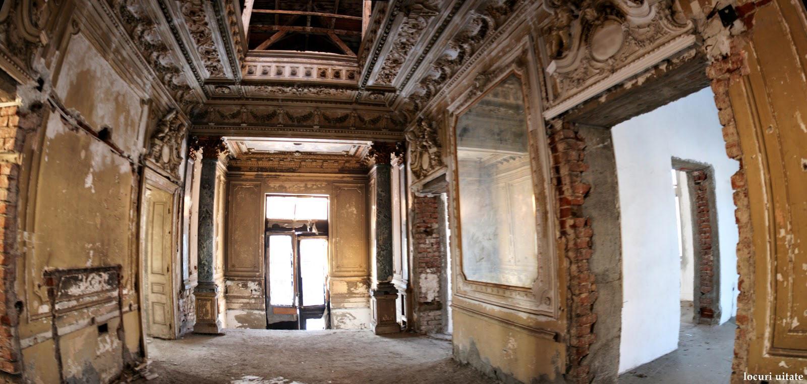 "Foto credit ""Locuri uitate"", interior din cladirea abandonata de pe Popa Rusu."