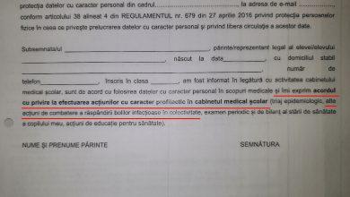 """Photo of """"Fișa de prezentare a cabinetului medical"""", formularul distribuit în școli care i-a alertat pe părinți. Răspuns oficial de la MEC legat de vaccinarea ascunsă"""