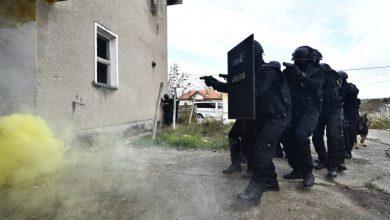 Photo of Zeci de percheziții în București și mai multe orașe. 51 de persoane aduse la audieri într-un dosar cu aproape 30 de acuzații