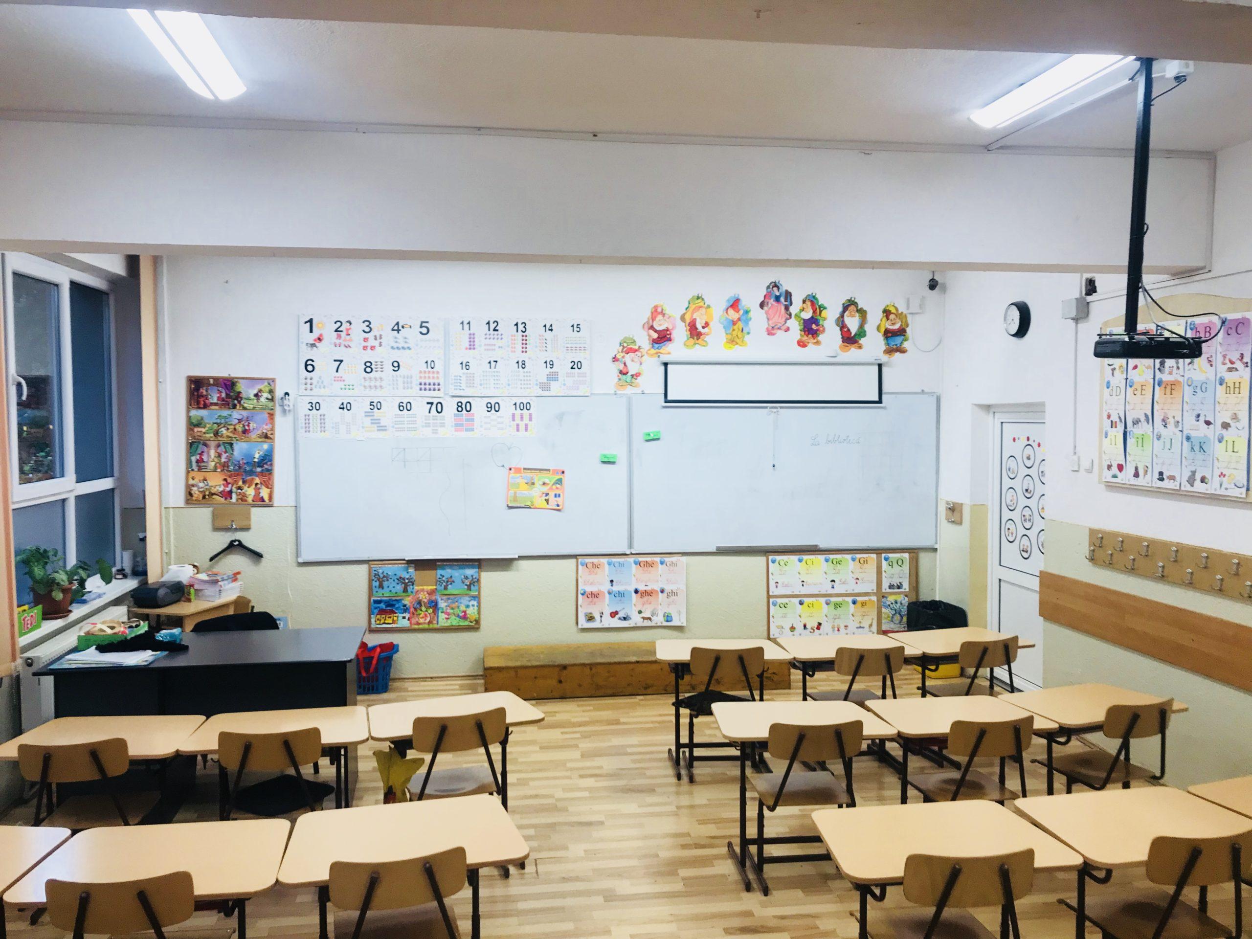 Patru școli din București se închid din cauza Covid. Ultima decizie a CMBSU