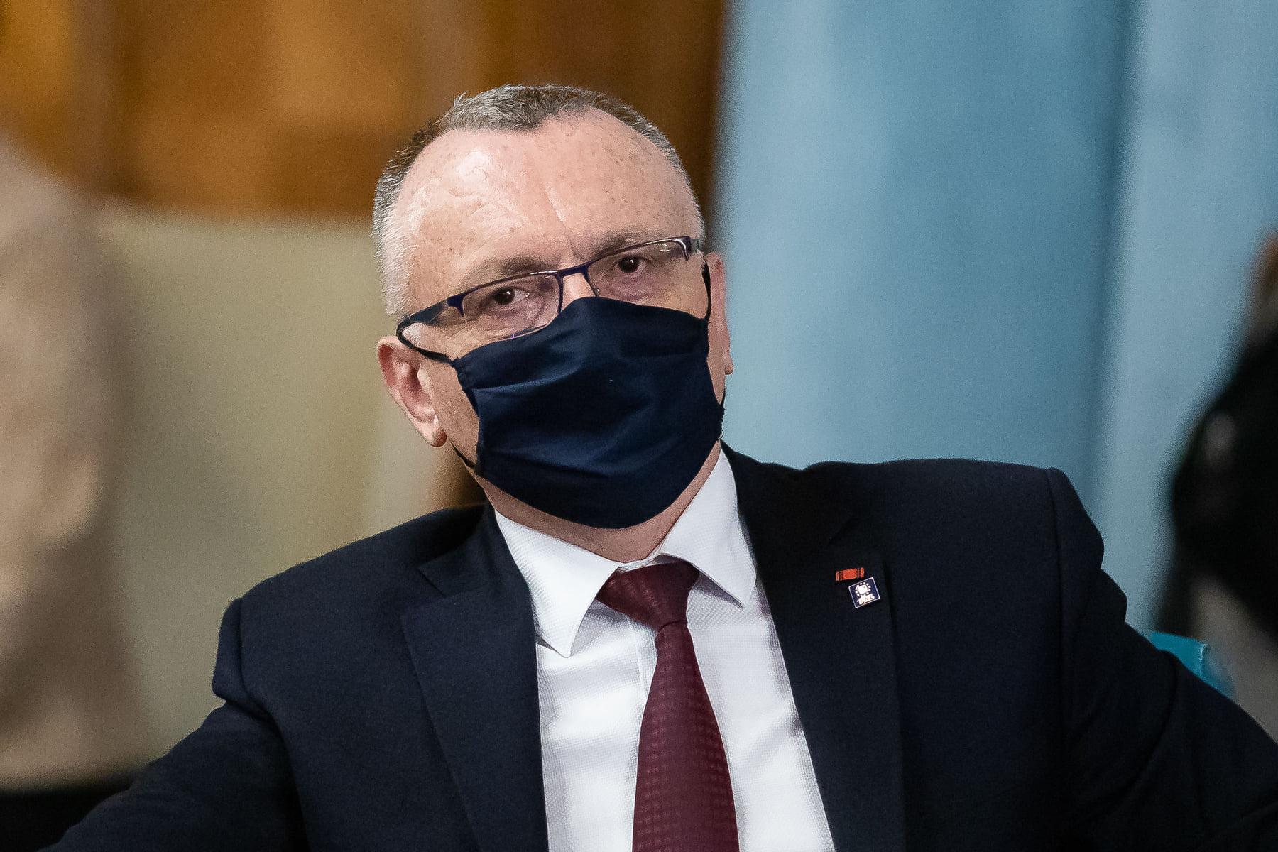 """Ministrul Educației, despre închiderea școlilor din Ilfov: """"DSP își depășește atribuțiile"""""""